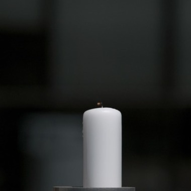 Can Cam Hanes Snuff Out a Candle Without Hitting the Wick?